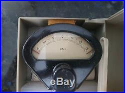 Mikrokator (+-0.015 mm) metric 0.0005mm per division. USSR NEW