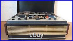 USSR Reel to Reel Tape Portable Recorder Player Turn snow-202. Soviet Union